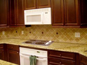 Custom tiled kitchen backsplash